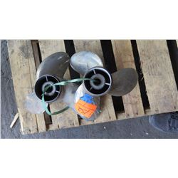 """Qty 2 Yamaha Propellers - Saltwater Series II for 200-300HP Engine, 16"""" Diameter"""