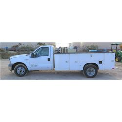 2005 FORD F350 SERVICE TRUCK w/IR COMPRESSOR & THERMAL ARC WELDER, 119,729 MILES