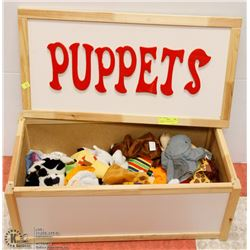 17) PUPPET TOY BOX WITH 50 PUPPETS
