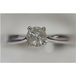 10KT WHITE GOLD SOLITAIRE DIAMOND RING