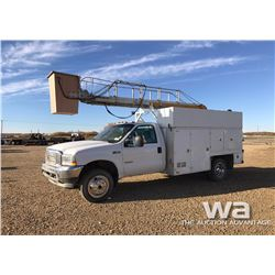 2004 FORD F550 S/A BUCKET TRUCK