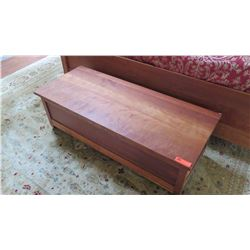"Cherrywood Blanket Chest - Mckinnon, W:52"" D:21.5"" H:16"""