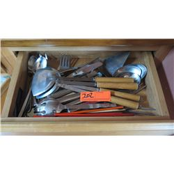 Entire Drawer Serving Utensils