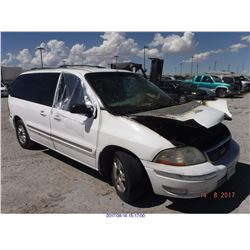 2002 - FORD WINDSTAR // SALVAGE