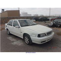 1998 - VOLVO S70