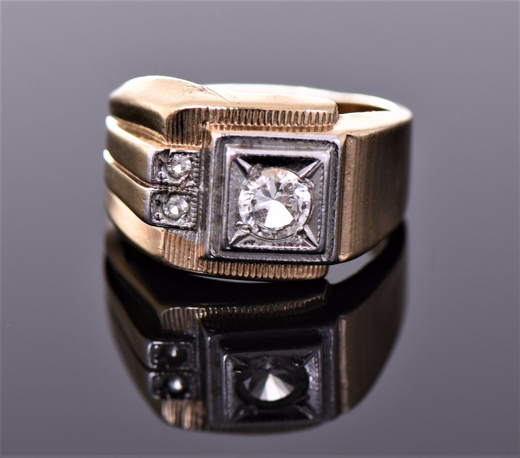 18kt Gold Heavy Gold Electroplate Ring  Markings:
