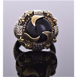Vintage Black Onyx Bronze Ring. Ring Size 9. Estim