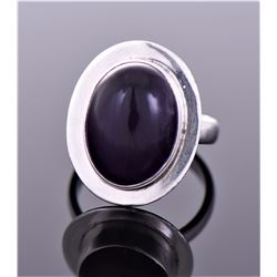 Vintage Sterling Silver Purple Center Stone Ring.