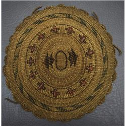 KLAMATH BASKETRY PLAQUE