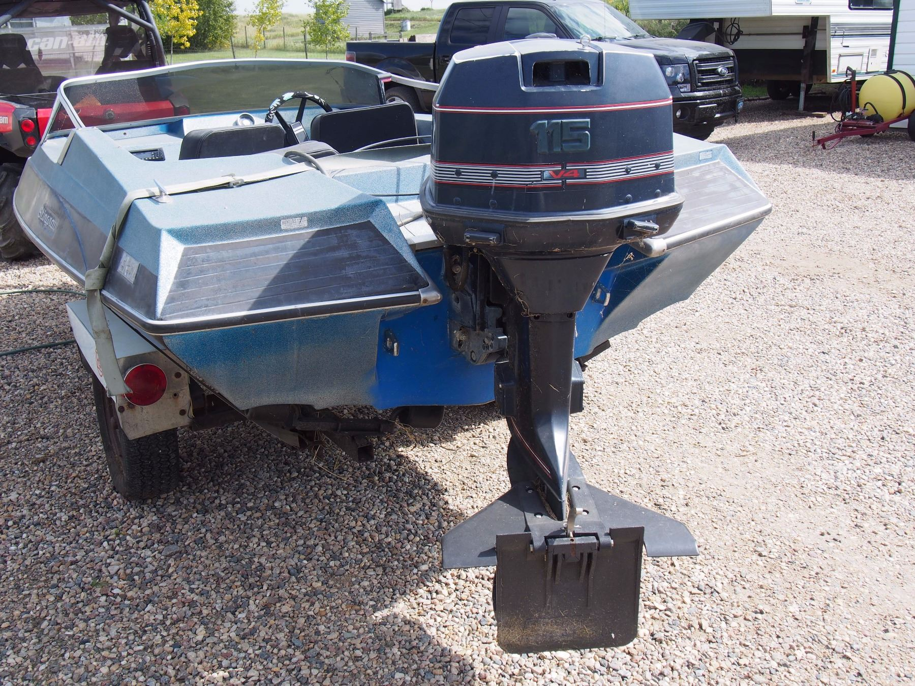 1979 16 Ft Stingray 115 Hp Evinrude Motor W Trailer And Lots Of Extras