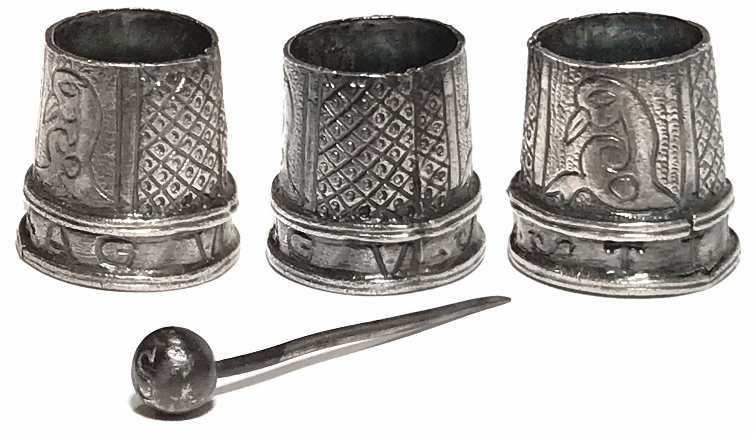 Lot of two Spanish colonial silver items: ornate thimble with ...