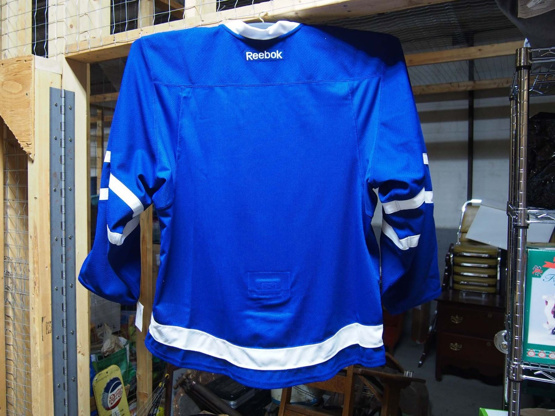 ca5641fb689 ... Image 4   Toronto Maple Leafs 100 Signed Framed Jersey (32