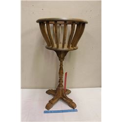 """Vintage Wooden Fern Stand (31"""" Tall)"""