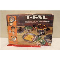 T-FAL 6 Piece Cookeware Set (NIB)