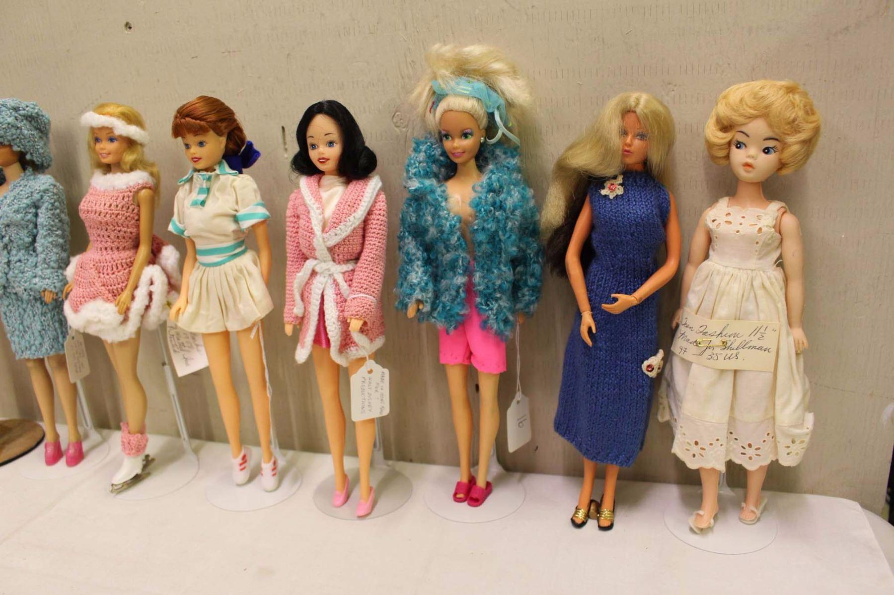 Dolls & Bears Antique (pre-1930) Lot De Barbie Vintage