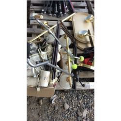 Pallet of glass ware set and miscellaneous