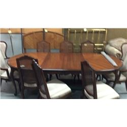 Drexel Table and 8 chairs