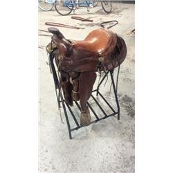 """Heavy 15"""" Used Saddle"""