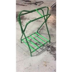 Green Saddle Stand
