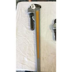 The ridge   36  - 900mm pipe wrench