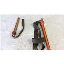 2 Strap wrenches