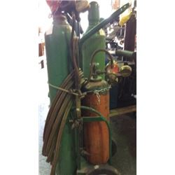 Oxygen/ acetylene torch on cart with extra o