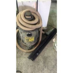 Contractors shop vac 4.5 hp 10 Gallons