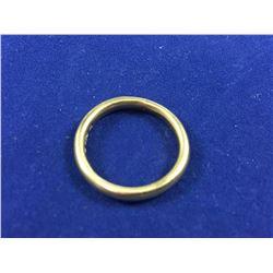Vintage English 9ct Gold Wedding Band - Diameter 16.50mm - Weight 3.27 Grams