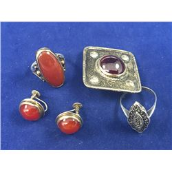 Group of Vintage & Art Deco Sterling Silver Jewellery - Total Weight 29.34 Grams