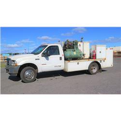2003 Ford F550 Super Duty Service Truck, Compressor, Fuel Tanks, Oil Storage, Hoses, etc. Lic. 539HD