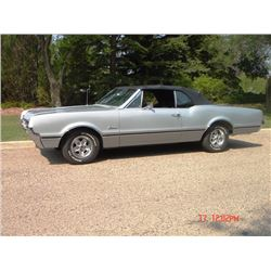 1966 OLDSMOBILE CUTLASS 2-DOOR CONVERTIBLE