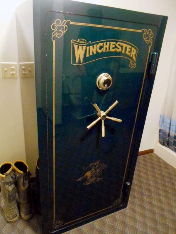 Winchester Western 24 Gun Safe