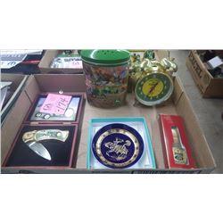 1 BOX J.D. COLLECTIBLES, LOCK BLADE KNIFE IN WOODEN CASE, J.D. PORCELAIN 24 K GOLD TRIMMED COBALT BL