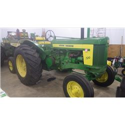 "JOHN DEERE ""720"" GAS - ELECTRIC START STANDARD 520 MANUFACTURED DUAL HYDRAULICS SER # 7219386. THERE"