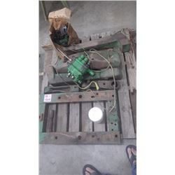 """PALLET OF J.D. """"720"""" - """"730"""" PARTS, HYDRAULIC AND FRONT THREE WEIGHT ASSEMBLY"""