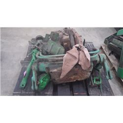 JD 720 -730 POINT HITCH ASSEMBLY