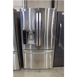 LG STAINLESS STEEL FRENCH DOOR FRIDGE WITH ICE AND WATER