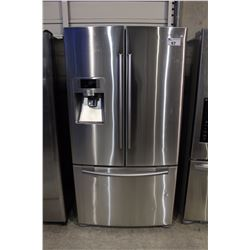 SAMSUNG STAINLESS STEEL FRENCH DOOR FRIDGE WITH ICE AND WATER