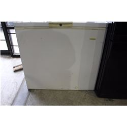 BEAUMARK CHEST FREEZER