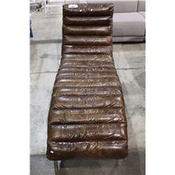 BEAUTIFUL LEATHER CHAISE LOUNGE