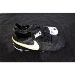 NIKE CLEATS SIZE 8.5