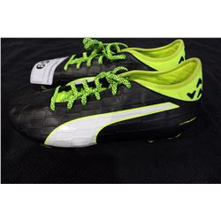 PUMA CLEATS SIZE 11.5