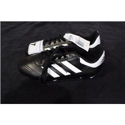 PAIR OF ADIDAS CLEATS SIZE 5