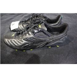 PAIR OF DST CLEATS SIZE 12