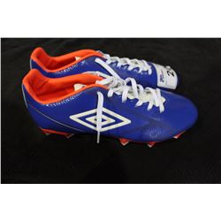 PAIR OF UMBRO CLEATS SIZE 11