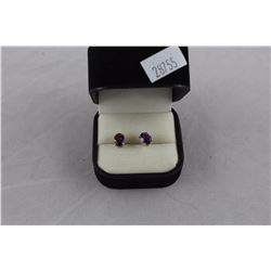 14KT YELLOW GOLD PURPLE STONE STUD EARRINGS