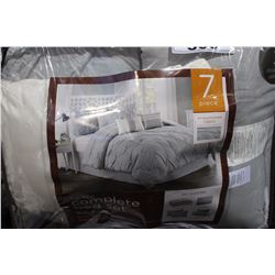 7 PIECE KING SIZED BED SET
