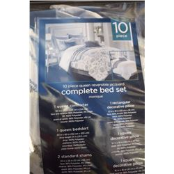 10 PIECE COMPLETE QUEEN BED SET