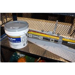 BUNDLE OF LEVELS, PAINT ROLLER, AND CERAMIC TILE ADHESIVE 2.5 GALLON