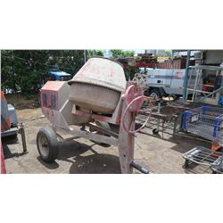 Concrete Mixer w/Briggs & Stratton Motor, Towable